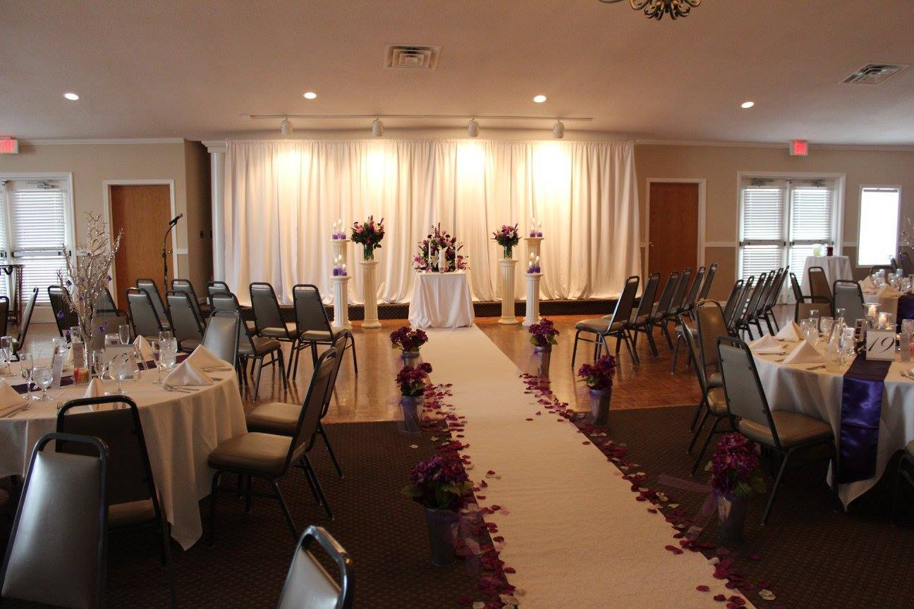 Cabaret Set Up In Grand Ball Room Or Arabian Easily Transition Into A Reception After Your Wedding Ceremony With Guests Seated Around The